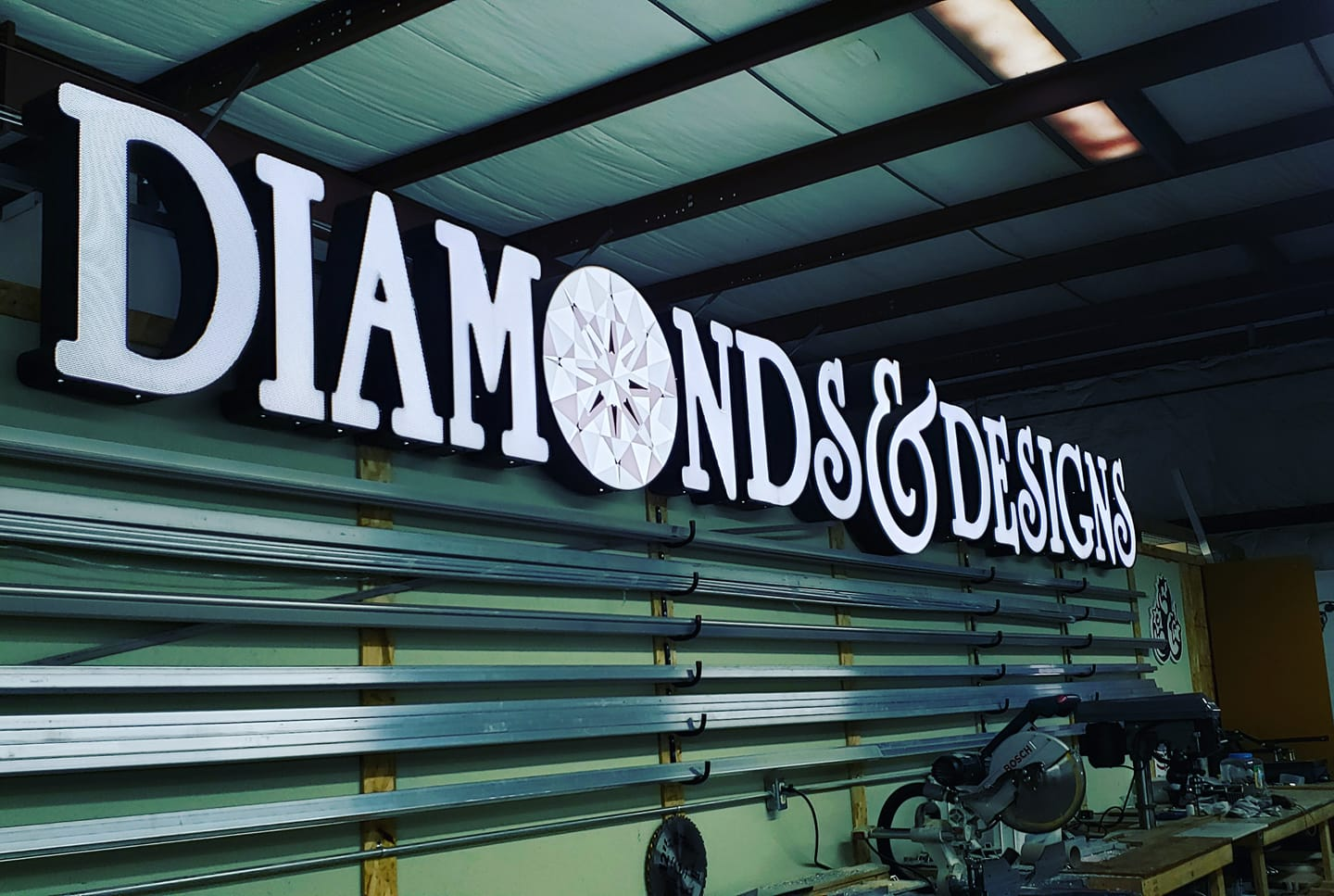 diamonds signage